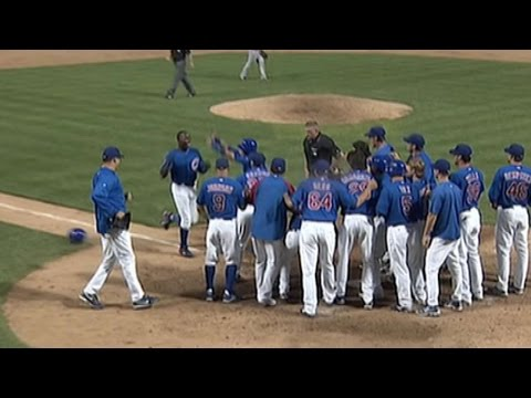 Soriano jacks a grand slam to win the game