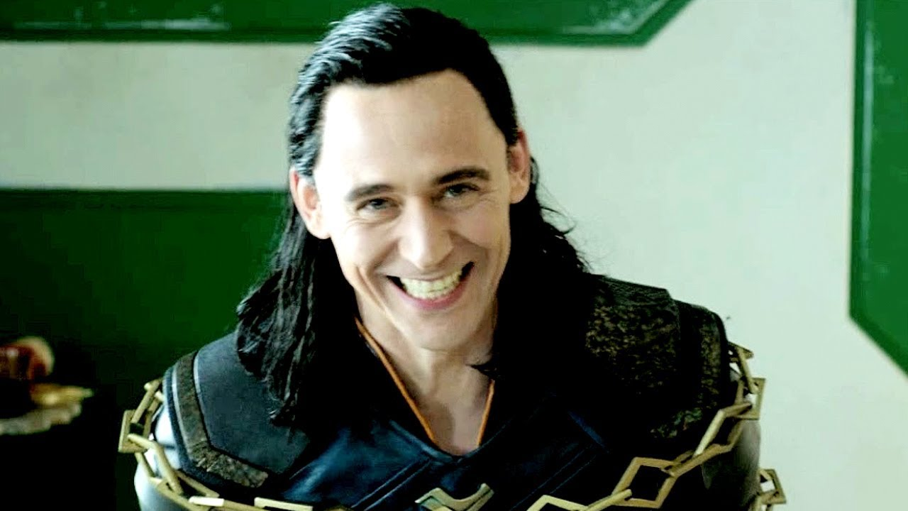 tom hiddleston as loki & as thor. behind the scenes - youtube