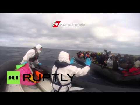 Italy: Coastguard picks up 600 migrants in rubber boats