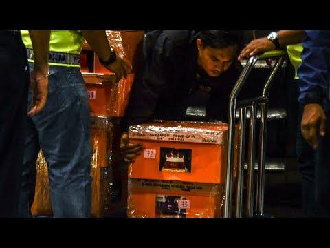 Cops say cash, handbags and jewellery tied to multi-billion dollar 1MDB scandal