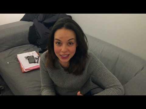 Nesrine, élève comédienne au Studio Muller