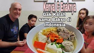 Download lagu Resep BAKSO SAPI Buatan Luar Negeri Mantap Banget. Anak anak Senang Suami ikut  Happy.
