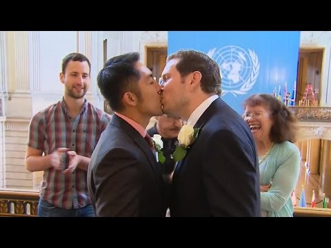 Gay couples race for marriage documents