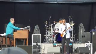 Robert Cray Band, Sitting On The Top Of The World (piece 1) @Puistoblues 2015, Finland