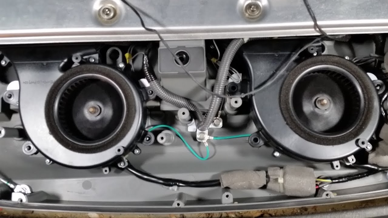 06 Ford Escape Hybrid Battery Cooling Fans Replaced