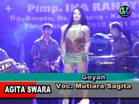 Agita Swara Goyah Mutiara Sagita.