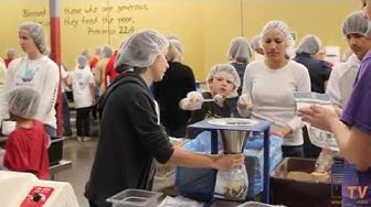 Select Blinds Employees Volunteer at Feed My Starving Children in Tempe, AZ