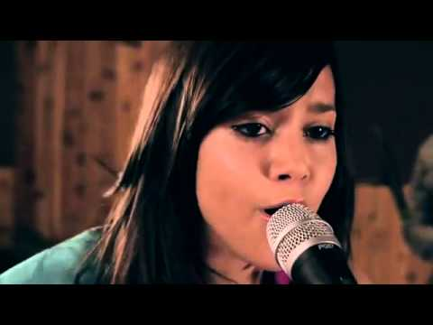 Mean-Taylor Swift (cover) Megan Nicole And Boyce Avenue