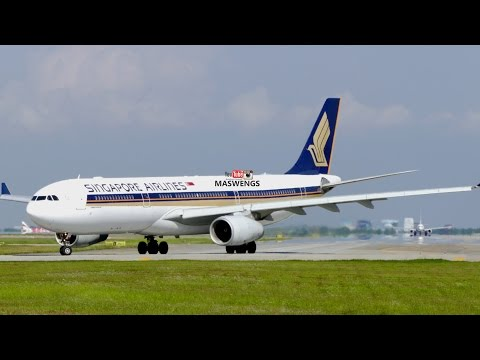 ATC Singapore Airlines Airbus A330-343 9V-STF Takeoff KLIA K