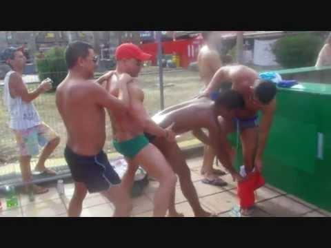 Tios montandoselo en el GAY PRIDE MASPALOMAS 2012