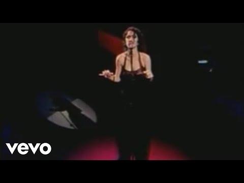 Music video by Marisa Monte performing Samba E Amor.