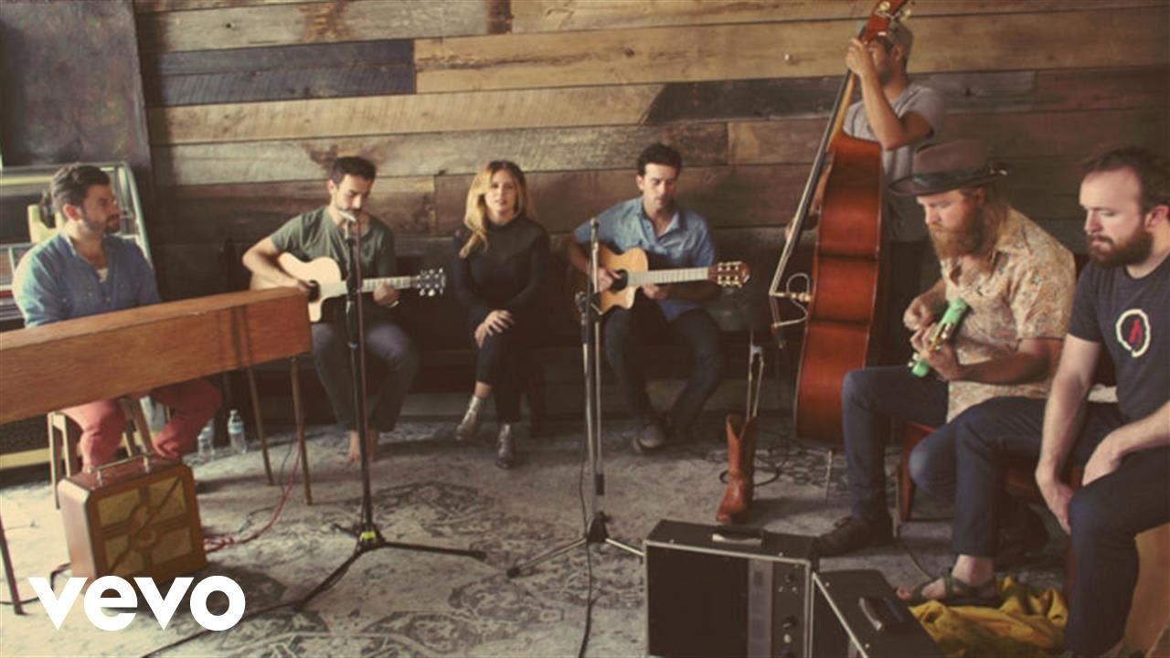 lucie-silvas-find-a-way-live-acoustic-ft-the-shadowboxers-john-osborne-luciesilvasvevo