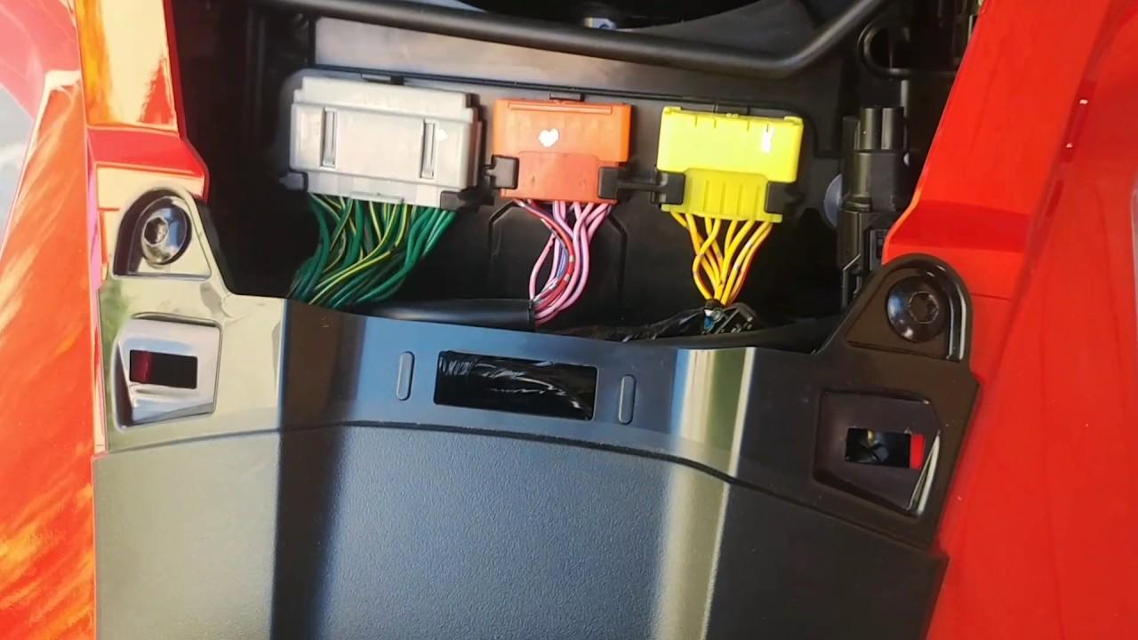 Honda X Adv Accesso Filtro Aria E Fusibili Apertura Carena Fuse Box Connector Access Air