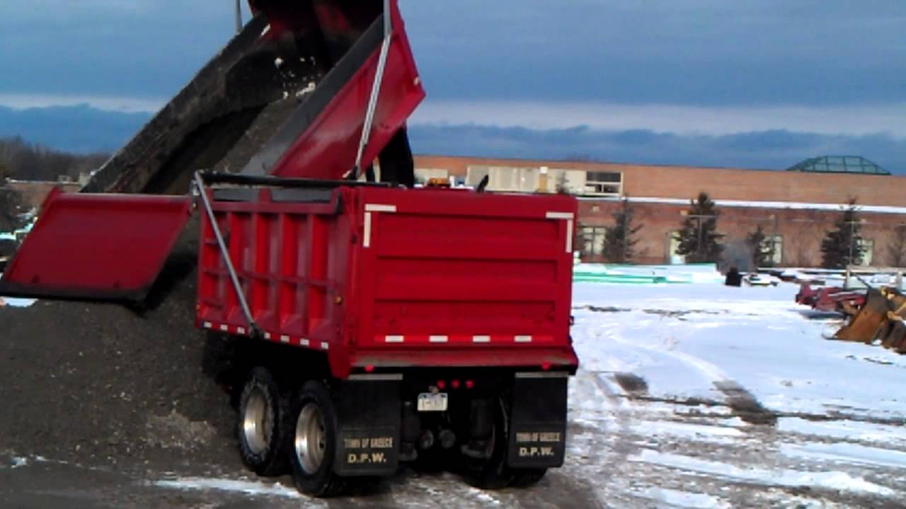 how much do end dump drivers make