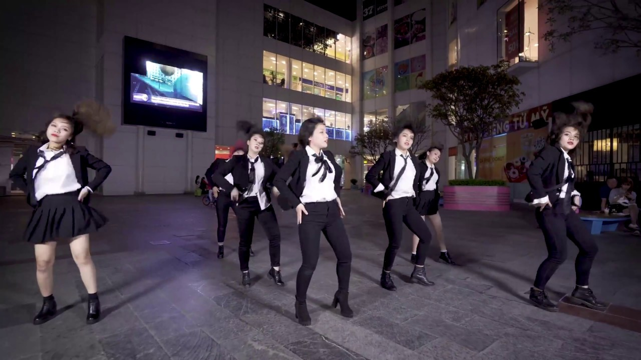 [KPOP IN PUBLIC CHALLENGE] CLC (씨엘씨) _ BLACK DRESS Dance Cover By SuperB From VietNam