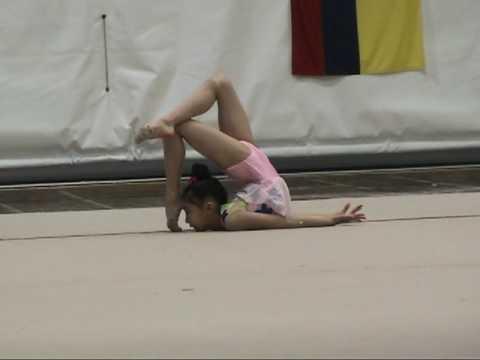 9-yr-old Elena Shinohara Freehands at Boston Cup 2009 Rhythmic Gymnastics 新体操小学生