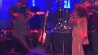 "Chaka Khan & Patti LaBelle - ""Tell Me Something Good"" (Live in Philadelphia - July 11 2013)"