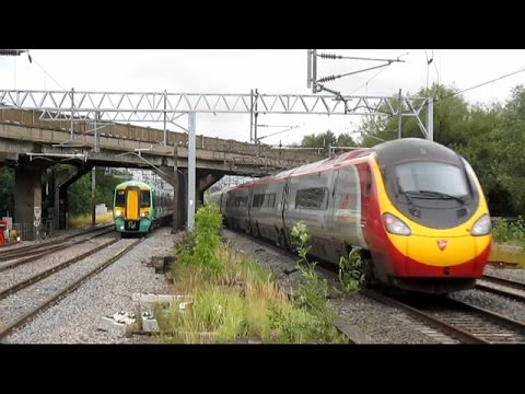 The Very Best of Trains in the UK - August 2015