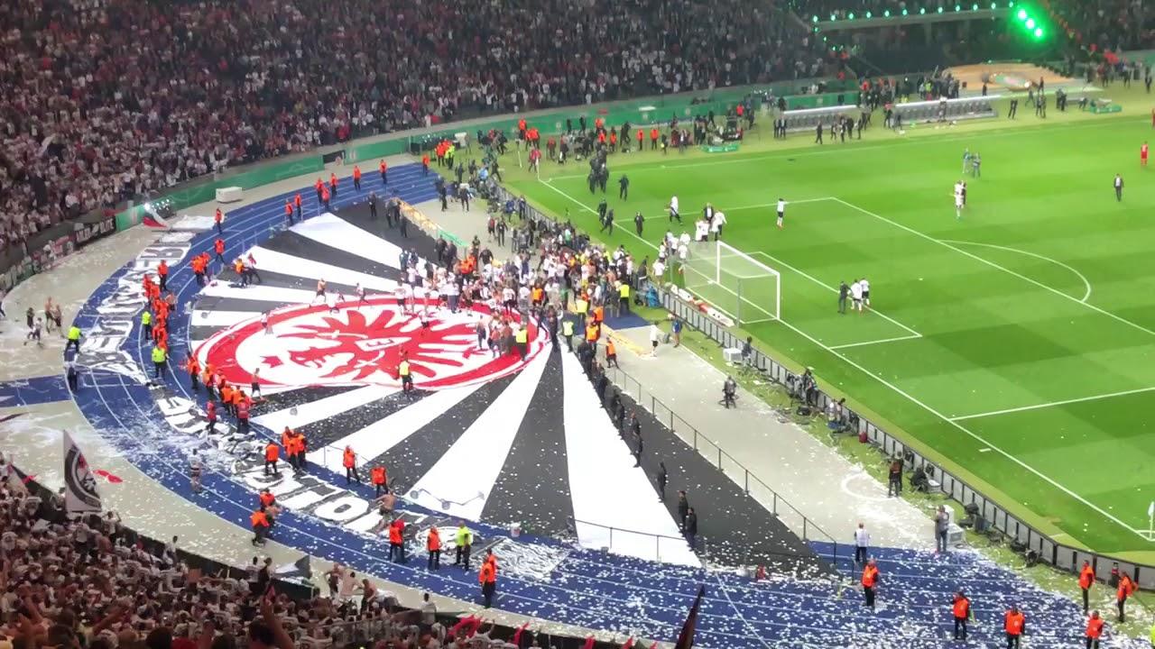 DFB Pokalfinale 2018 Tor zum 3:1 Eintracht Frankfurt durch Gacinovic -  YouTube