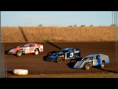 IMCA modified heat race in car Gallatin Speedway