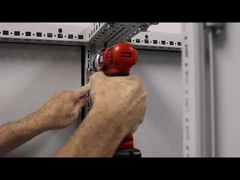 Installing a partition wall in bayed TS 8 industrial enclosures using bracket 8800470