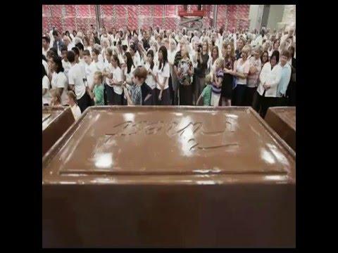 le plus grand gâteau au chocolat dans le monde, chocolate almond