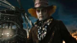 Disney España | Teaser Trailer Español Alicia en el País de las Maravillas de Tim Burton