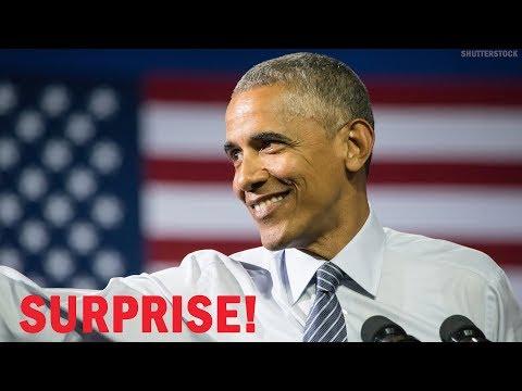 Barack Obama Surprises Students in Chicago