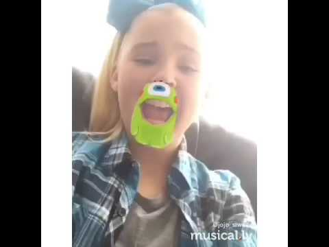 Jojo Siwa boomshakalaka on musically#awesome sauce