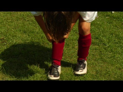 Soccer Tips   How to Buy Youth Soccer Shin Guards - YouTube 72eaecdf5ee6