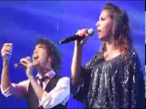 Sam Alves e Marcela Bueno - A Thousand Years - The Voice Tour  HSBC Brasil 25/01/2014 Vídeos De Viagens