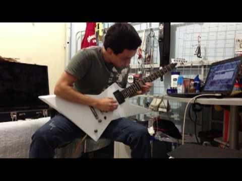 Fish guitar solo (Paralyzed - Original Instrumental Song)