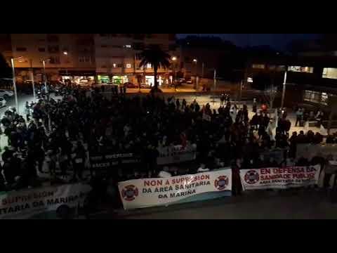 Cientos de personas salieron a la calle en Burela por una sanidad pública de calidad
