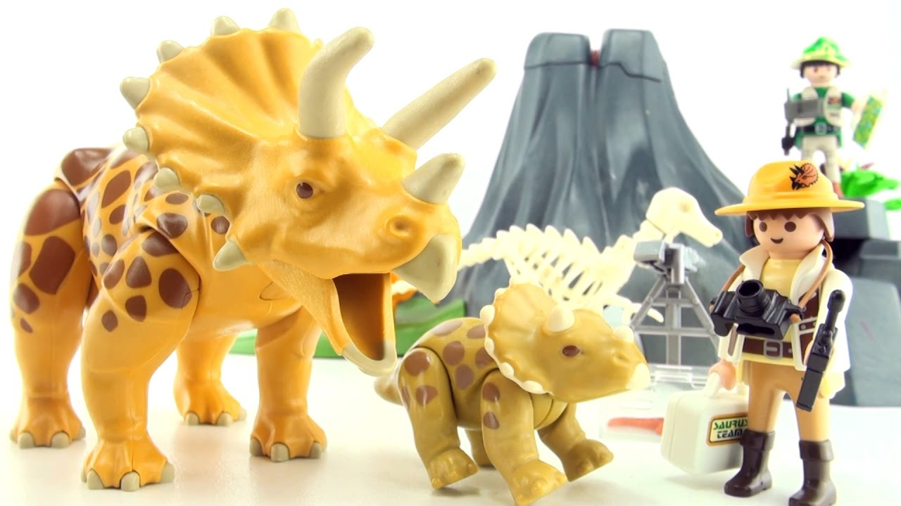 Playmobil triceratops with baby volcano island 4170 - Dinosaur playmobile ...