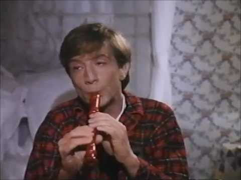 Clifford and his recorder - YouTube