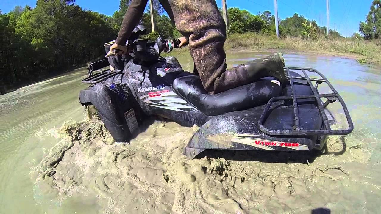 Polaris Rzr Mudding On Juggernaut Tires Youtube