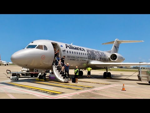 onboard-the-rare-fokker-70---alliance-airlines-trip-report-from-port-macquarie-to-brisbane-(4k)