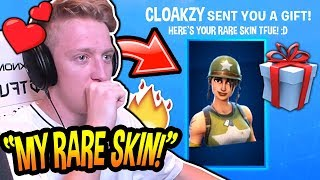 "Tfue Reacts To Being *GIFTED* His *RARE OG* ""MUNITION EXPERT"" SKIN! (CRAZY!) Fortnite SAVAGE Moments"