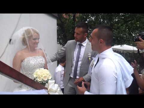 Paric svadba - Kum placa za mladu