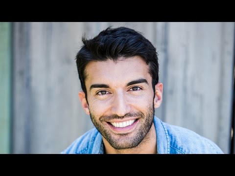 Actor Justin Baldoni Chats About 'Jane The Virgin'