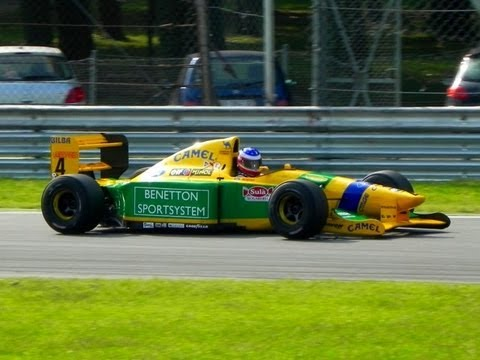 1992 Benetton B192 F1 V8 Engine PURE SOUND - Ex Schumacher Formula 1 Car