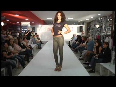 Desfile crocker Jeans 2012