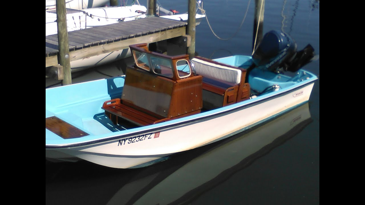 1966 16ft Boston Whaler Console and Seats Reconditioned  1yachtcarpenter