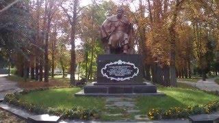 Богдан Хмельницкий(Южнее Киева, в 84 км от него, по обе стороны реки Рось находится бальнеологический и климатический курорт..., 2016-03-11T12:11:20.000Z)