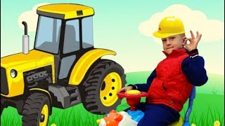 Pretend Play  with a tractor along with TaWaKi KIDS\ The tractor came to the aid of the baby boy\