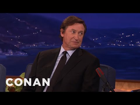 Wayne Gretzky's Humbling Hall Of Fame Visit  - CONAN on TBS