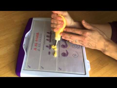 Cake Decorating Piping Techniques How To Make Scrolls : Cake Decorating Piping Techniques: How to Make Shell and C ...