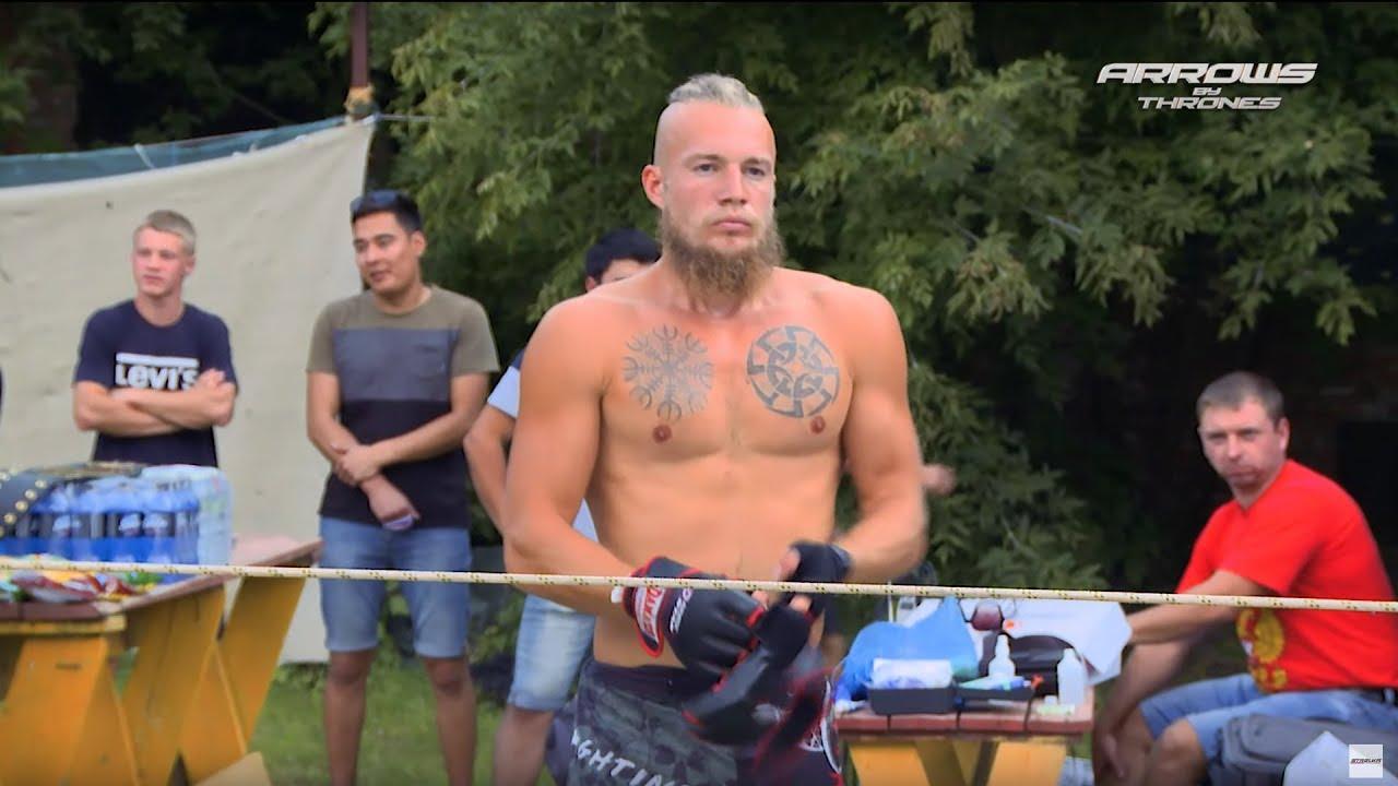 ДРЕВНИЙ ВИКИНГ против Продавца арбузов !!!