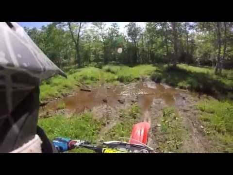 Cr125 trail ride + running from cop + riping ( Brap ) Gopro