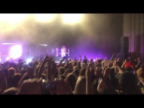 Wild - Troye Sivan live 11/3